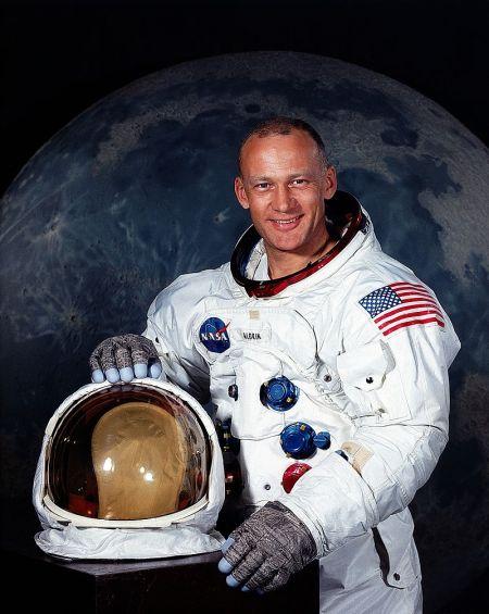 rants 800px-Aldrin
