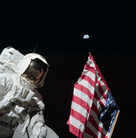 rants Astronaut_Harrison_'Jack'_Schmitt,_American_Flag,_and_Earth_(Apollo_17_EVA-1)